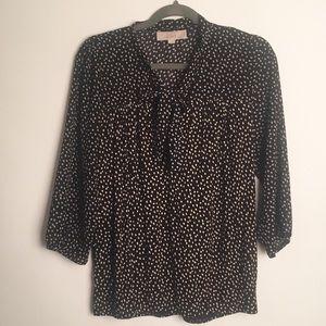 Loft bow tie button blouse EUC M